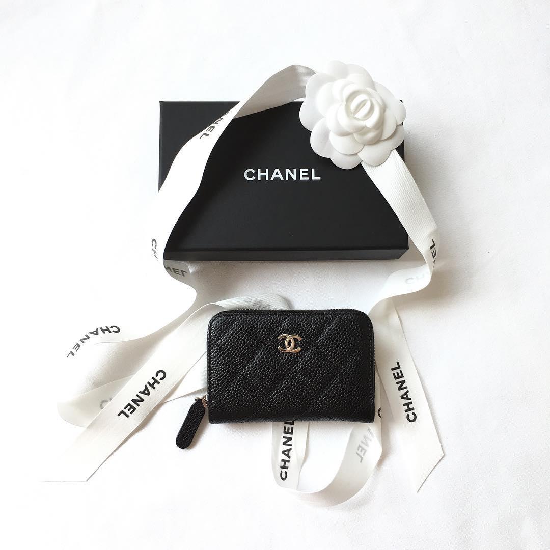 ブランドの財布はいくらで売れる?最新の買取相場を調査!のサムネイル画像