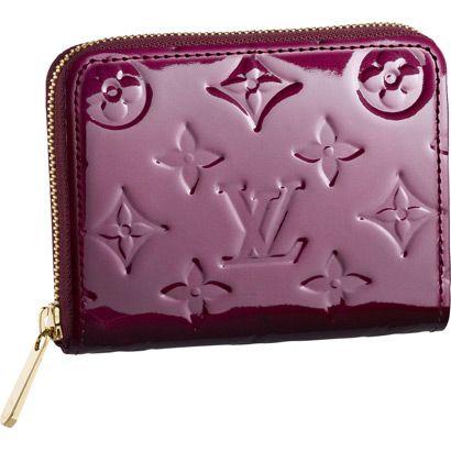 女子必見!種類豊富なヴィトンのレディース財布を一挙ご紹介!のサムネイル画像